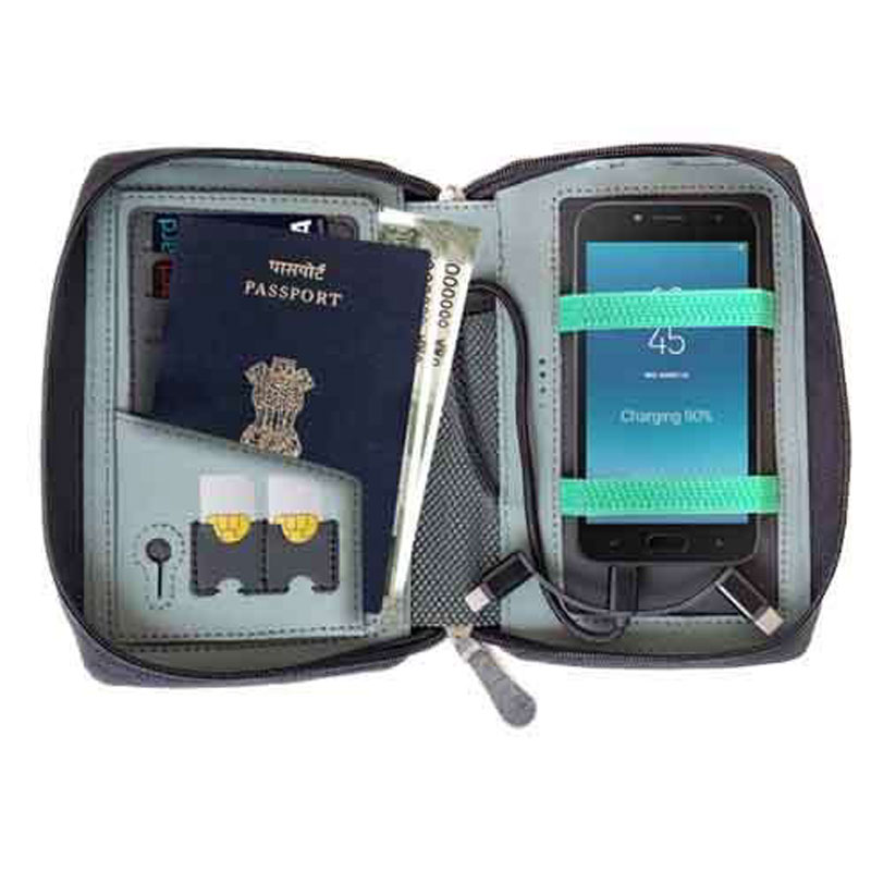 Quest 5k Passport Holder with 5000 mAh Powerbank
