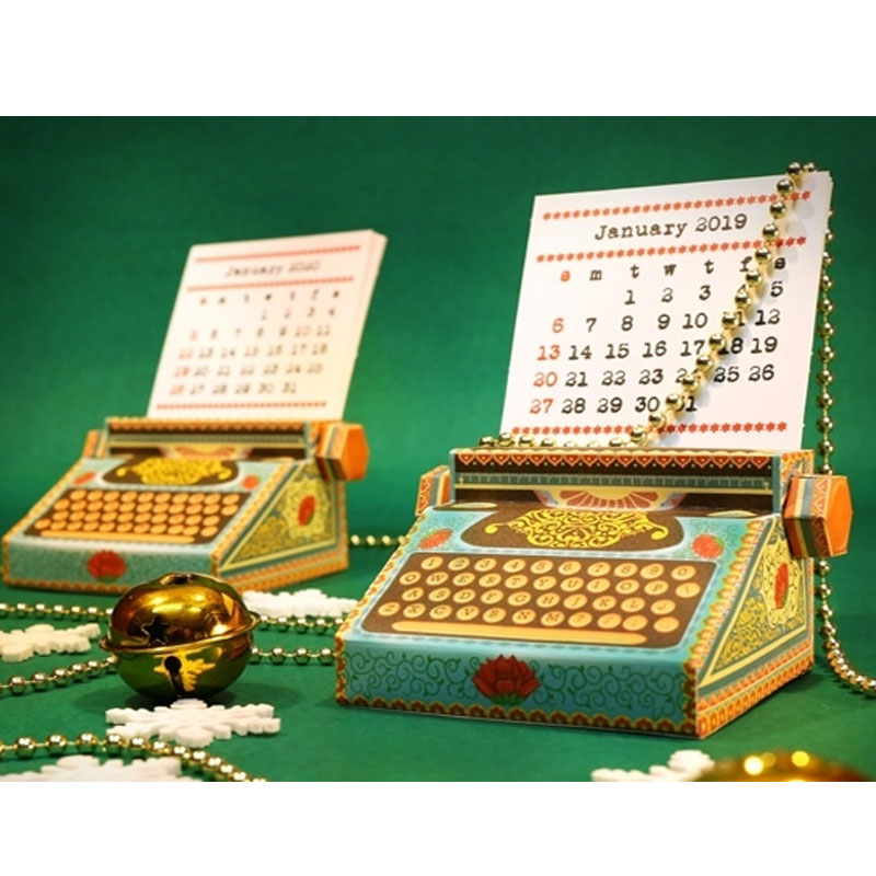 Retro Typewriter Calendar