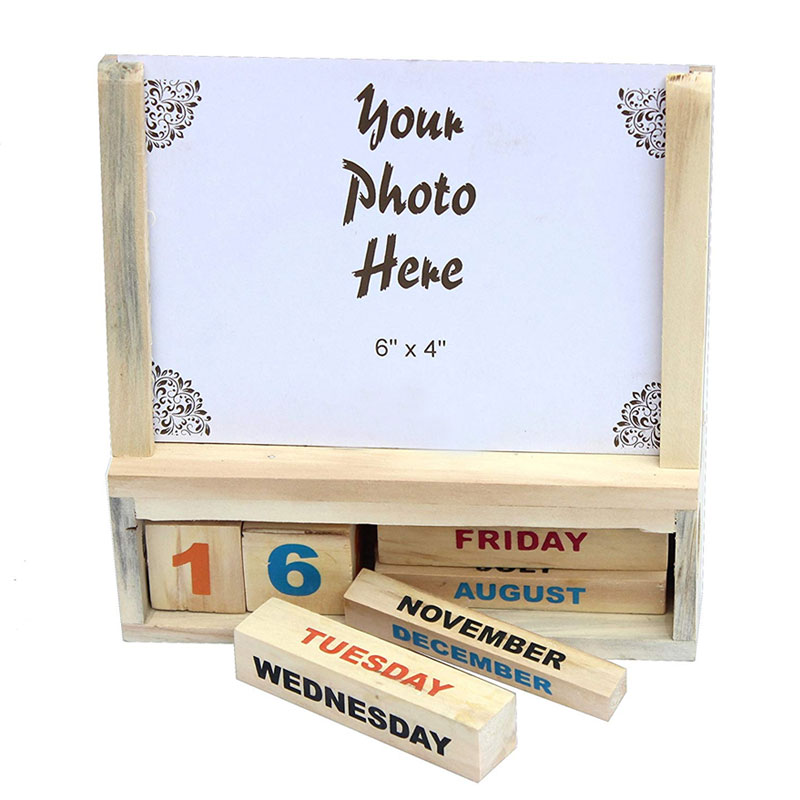 Wooden Calendar with A Photoframe